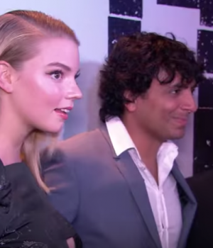 """BADER TV ON THE NYC RED CARPET OF THE MOVIE PREMIER """"SPLIT"""" WITH M. NIGHT SHYAMALAN"""